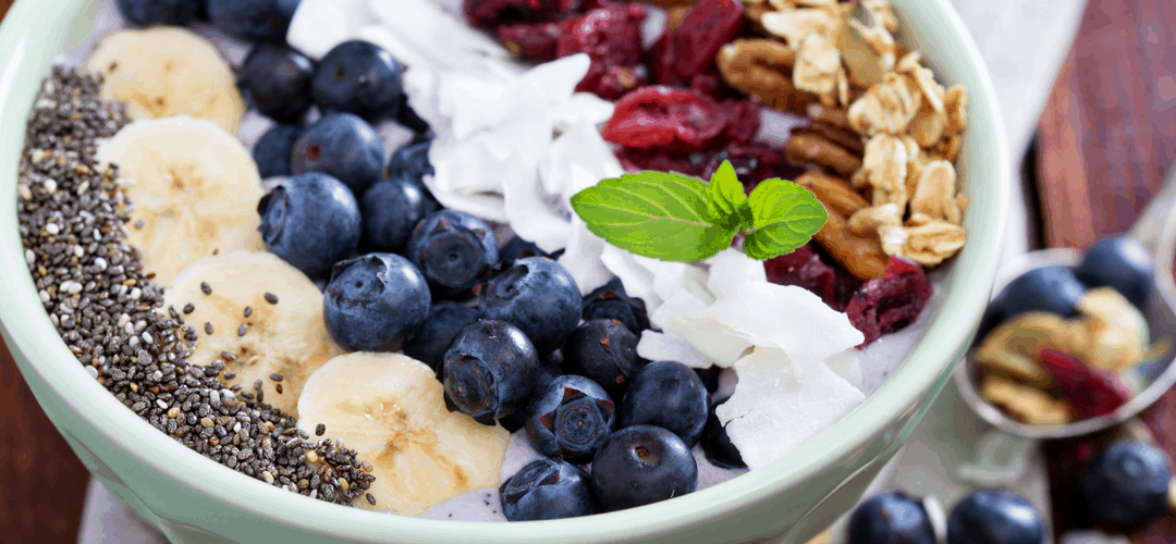 7 Must Have Smoothie Bowl Recipes – Blueberry and Cherry Edition